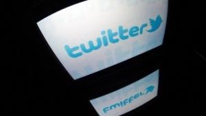 Bei Twitter schreiben Frauen über ihre Erfahrungen mit sexueller Belästigung.