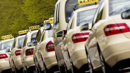 Taxis in Berlin (Symbolbild): Fahren gegen das LSR