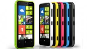 Lumia 620 erhält Amber-Update.