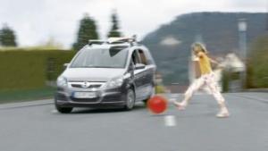 Gefahr durch Fußgänger: Sicherheit wie in Autos der gehobenen Preisklasse
