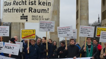 Demonstranten in Berlin am 1. März 2013