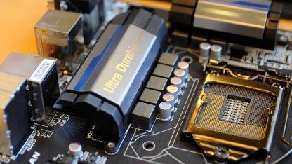 Der neue Sockel LGA 1150 macht neue Mainboards nötig.