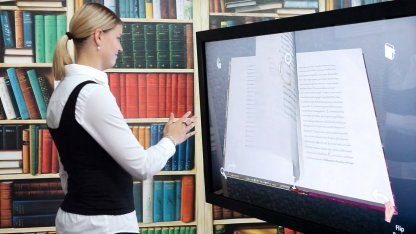 Interactive 3D-Book Explorer: Blättern in wertvollen Manuskripten