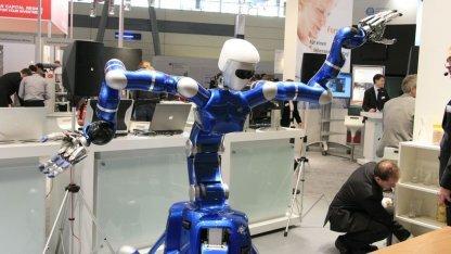 Serviceroboter Justin (auf der Cebit 2009): Weniger Hardware durch Cloud Computing