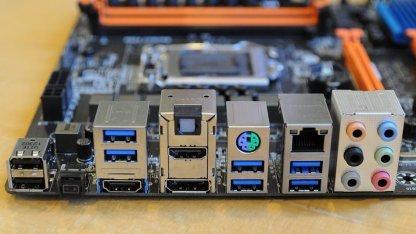 Blaue USB-3.0-Ports auf einem Haswell-Mainboard