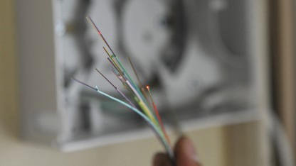 Glasfaserkabel (Symbolbild): hohe Bandbreite, wenig Verlust