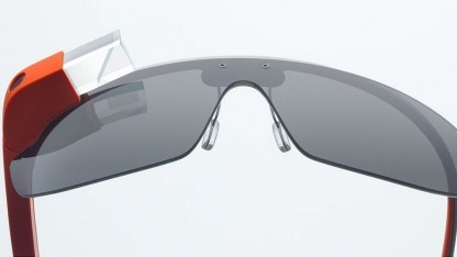 Google Glass - eine Datenbrille mit dezentem Interface
