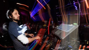DJs, die mit Notebooks auflegen, stehen ab dem 1. April 2013 vor Problemen.