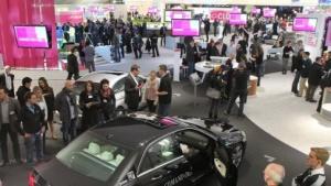 Sixt-Autos sollen ab Sommer mit BMW Connecteddrive Hotspot ausgestattet werden.