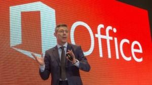 Microsofts Deutschland-Chef Christian Illek auf der Cebit