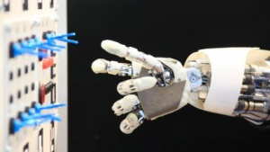 Roboter: Aila trainiert für den Weltraum