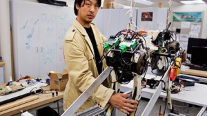 Sangbae Kim mit seinem Robotergepard: Hohes Drehmoment