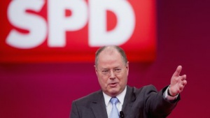 Peer Steinbrück hat angekündigt, dass die SPD das Leistungsschutzrecht im Bundesrat nicht aufhalten wird.