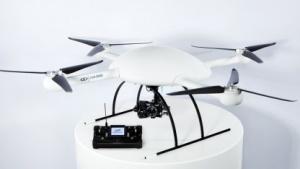 Microdrone MD4-3000: fliegendes Auge mit vier Rotoren