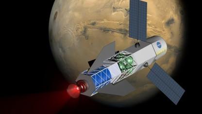 Rakete mit Fusionstriebwerk: Magnetfeld mit Sonnenenergie betreiben