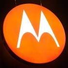 Mobilfunk: Erstes Google-Motorola-Smartphone kommt mit Stock-Android