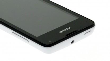 Das Ascend Y300 von Huawei