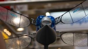 Roboterlibelle Bionicopter: Steuerung per Smartphone