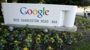 Die Nutzung der Suchmaschine des Google-Konzerns hat es sogar als Verb �googlen� in den Duden geschafft (Bild: Justin Sullivan/Getty Images)., Suchmaschine