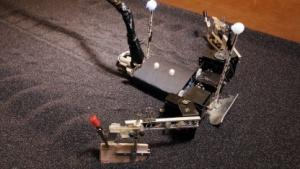Flipperbot: Auf das Handgelenk kommt es an.