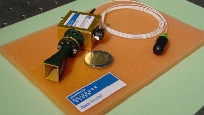 Prototyp des 70-GHz-Funkmoduls mit Glasfaseranbindung