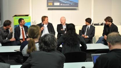 Auf einer Podiumsdiskussion wurde die mangelnde Unterstützung für offene Dokumentstandards in Deutschland kritisiert.