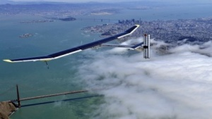 Solar Impulse über San Francisco: Spenden für die Weltumrundung