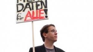 Michael Kreil will mit Open Data Map herausfinden, welche wichtigen Daten noch nicht freigegeben sind.