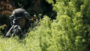 Slowenischer Soldat bei Nato-Übung im Juni 2012