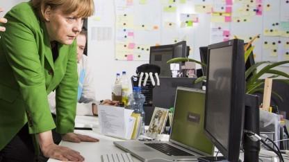 Merkel beim Besuch eines Berliner Startups im März 2013