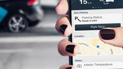 Autonomes Parken ohne Fahrer