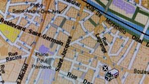 Ein per GPS geortetes Fahrzeug in Paris