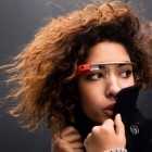 Google Glass: Websurfen mit Kopfschütteln
