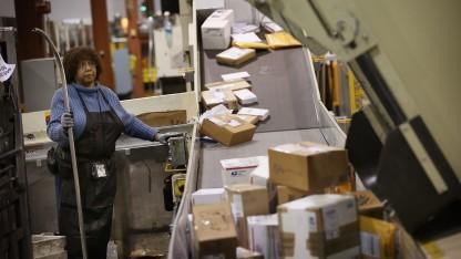 Paketzentrum des United States Postal Service (USPS) bei Chicago