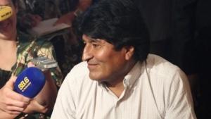 Die Maschine des bolivianischen Präsidenten Evo Morales musste in Wien zwischenlanden, angeblich weil Edward Snowden an Bord war.