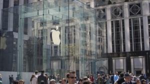iPhone 5C: Plastik-iPhone wird unter schlechten Bedingungen produziert