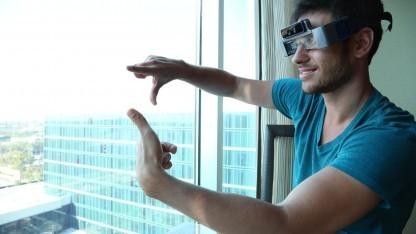 Meta-Chef Meron Gribetz mit Datenbrille: 500 App-Entwickler