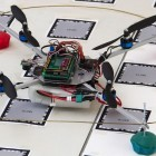 Selbsterkundung: Autonomer Quadcopter mit Smartphone an Bord