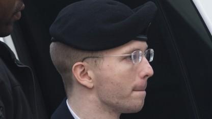 Bradley Manning auf dem Weg zur Verkündung seines Strafmaßes.