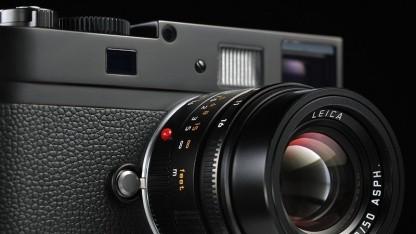 Aperture und iPhoto unterstützen nun Leicas Schwarzweiß-Kamera.