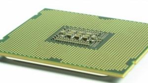 Der Core i7-4960X taktet seine sechs Kerne mit 3,6 GHz.