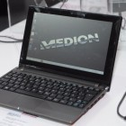 Hands on Medion Akoya The Touch 10: 10-Zoll-Touch-Notebook mit Office für 330 Euro