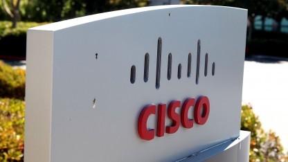 In Routern von Cisco soll es Schwachstellen geben, über die auch verschlüsselte Daten ausgelesen werden können.