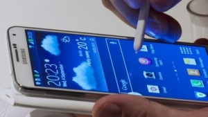 Das Galaxy Note 3 gibt es in Europa nur mit Region-Lock.