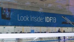 """Noch kann man das """"Inside"""" nur durch die verschlossenen Türen sehen."""