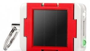Clicc: Akku aufladen per Solarzelle