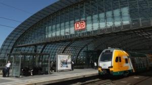 Einen WLAN-Hotspot gibt es auch am Hauptbahnhof in Berlin.
