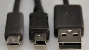 Von links: Micro-USB, Mini-USB, USB Typ A