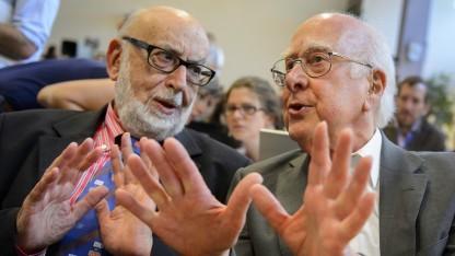 Nobelpreisträger für Physik 2013: François Englert (l.) und Peter Higgs (r.) (2012 am Cern)