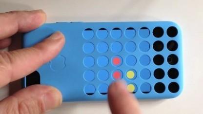 Mit Flipcase wird die iPhone-Hülle zum Spielgerät.